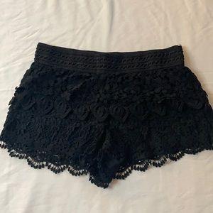 No Boundaries lace shorts L